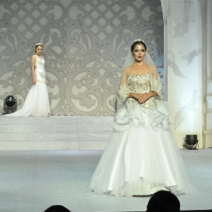 Parade Bridal Ikapesta Wedding Expo 2017  @bellezza_bridal_gown  #paradebridal #ikapestaexpo #ikapesta2017 #bridalsemarang #semarang #jateng #bridetobe #wedding #weddingexpo #ikapesta #bridal #bridaldress #iloveikapesta #ikapestaweddingexpo2017 #love #like