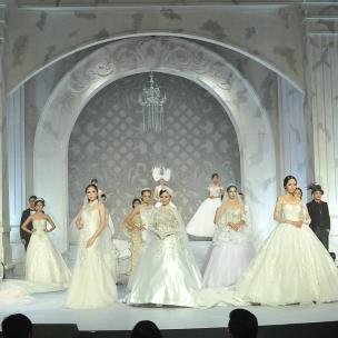 Parade Bridal Ikapesta Wedding Expo 2017  #paradebridal #ikapestaexpo #ikapesta2017 #bridalsemarang #semarang #jateng #bridetobe #wedding #weddingexpo #ikapesta #bridal #bridaldress #iloveikapesta #ikapestaweddingexpo2017 #love #like