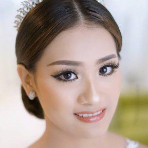 Susan Bridal 3
