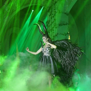 """Last night show… The Dramatical Fashion Show """"SACRED GROVE"""" DIAN SAPUTRA feat BATAVIA JAS Concept and Organized by: @carolkiem_beo @bobby_berlianeo_beo Female dresses by: @diansaputraofficial Male attire by @bataviajas Photographed by  @asean_photography  Multimedia Designer by @marblevideo @sandy.reynaldi Lighting Designer by @master.lighting @reynaldokenley Dancer by @rianadancer Make up and hair do by @susanbridalsemarang Hair accesories by @jip.fashiondetails  Apettizer by @maudywibowo Palace Fine Cuisine Music director by #joeniararief Choreographed by @anantakanapi  Organized by Berlian Event Organizer Supported : Stage decoration by @galaxy_decoration LED Wall @marblevideo LED Wall Sound System @agung_platinum platinum  Invitation  @ing7070 Ing's Card Special Effect  @balonbunga Master of Ceremony @adisiswowidjono_mc #ikapesta2017  #ikapesta2017 #wedding #bride #design #fashion #fashiondesign #weddingdress #musical #fashionshow #weddinggown #bridaldress #bridalgown #weddingku #bridestory #bridal #bridalsemarang  #ikapesta #vendorwedding #semarang #jateng"""