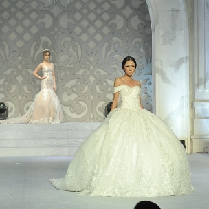 Parade Bridal Ikapesta Wedding Expo 2017  @evabridalofficial  #paradebridal #ikapestaexpo #ikapesta2017 #bridalsemarang #semarang #jateng #bridetobe #wedding #wesdingexpo #ikapesta #bridal #bridaldress #iloveikapesta #ikapestaweddingexpo2017 #love #like