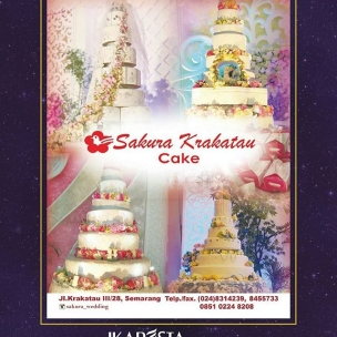 IKAPESTA Vendor . . Bidang : Kue Pengantin @sakura_wedding . . More information about IKAPESTA Vendor,download IKAPESTA App at Play Store Or visit www.ikapesta.com