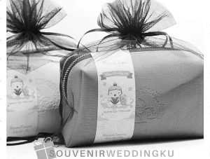 Souvenir Weddingku